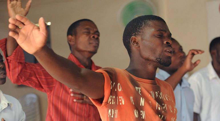 Praise God Photos Free