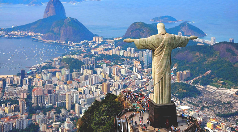 Image of the Christ the Redeemer Statue in Rio.